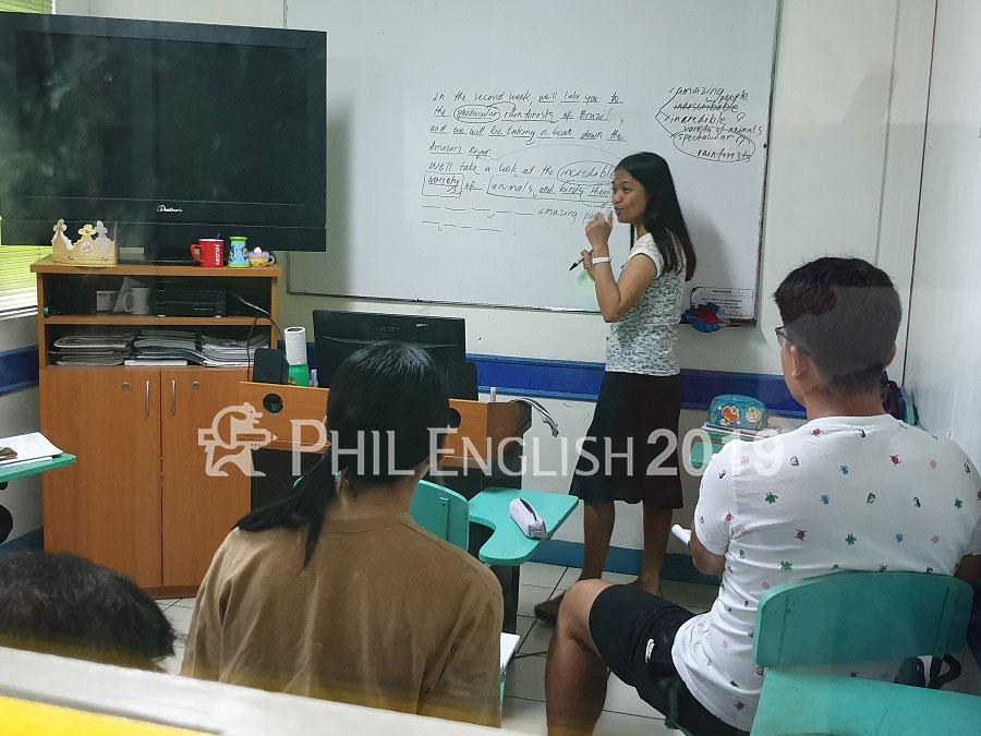 phil-english-cnn-quezon-36