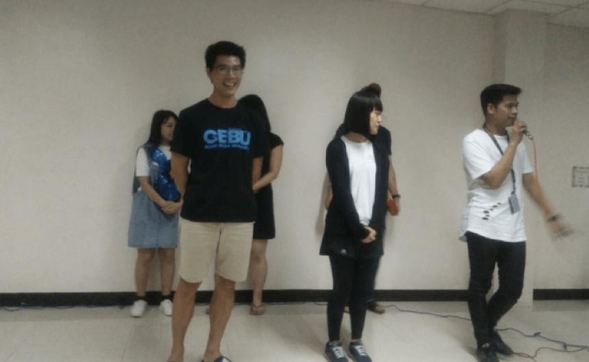 hoat-dong-thuyet-trinh-tai-truong-anh-ngu-cboa-6