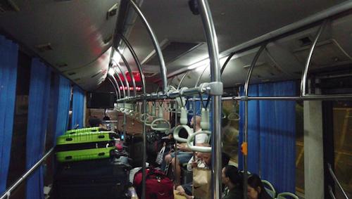 xe-bus-trung-chuyen-6
